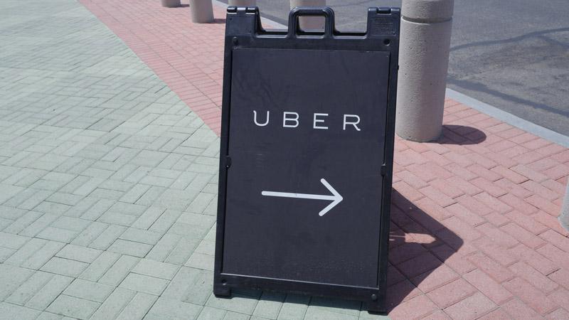 エンゼルスタジアムにあるUber専用乗り場の案内