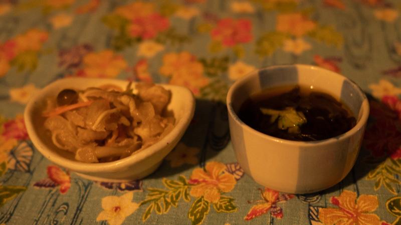 ちゃんや~(沖縄)のもずく酢とミミガー