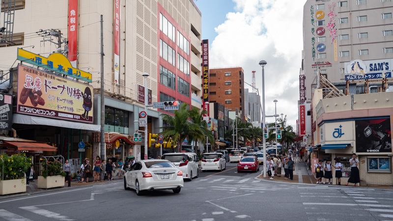 沖縄の移動はカーシェアがおすすめ!レンタカーとの併用でお得に利用できます