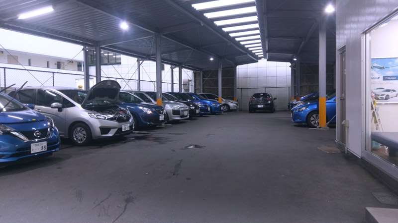 博多市の某レンタカー店の清掃場